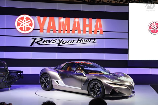 Yamaha_Sports_Ride_Concept_06.jpg