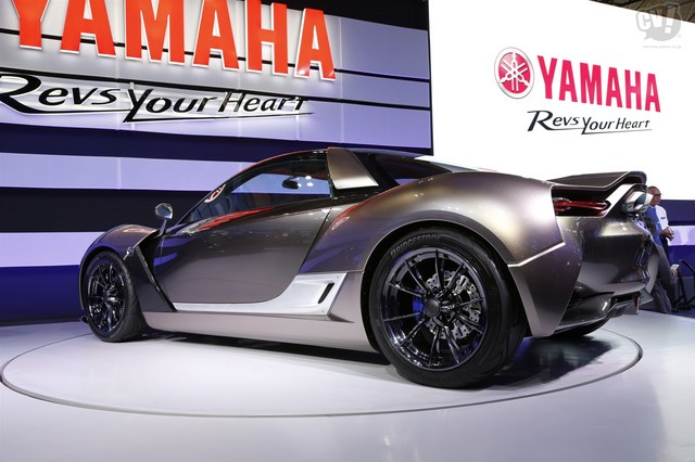 Yamaha_Sports_Ride_Concept_17.jpg